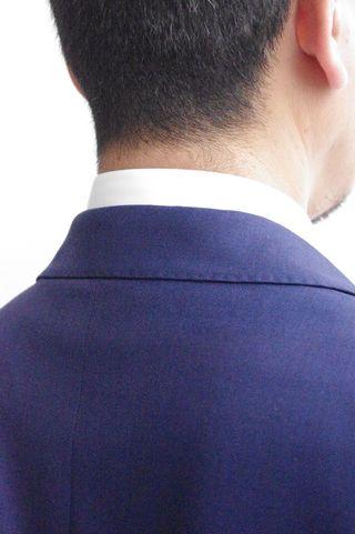 覚えておきましょう「スーツの基本ルール7」-シャツの出具合